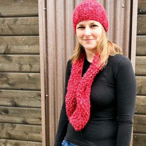 Handknit beanie and cowl set