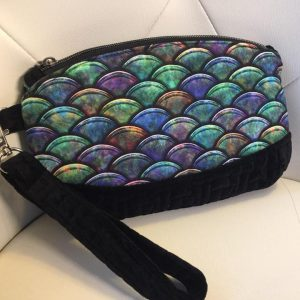 Dragon scale clutch purse