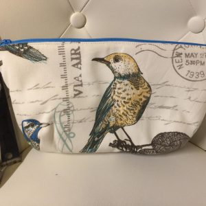 Bird clutch purse